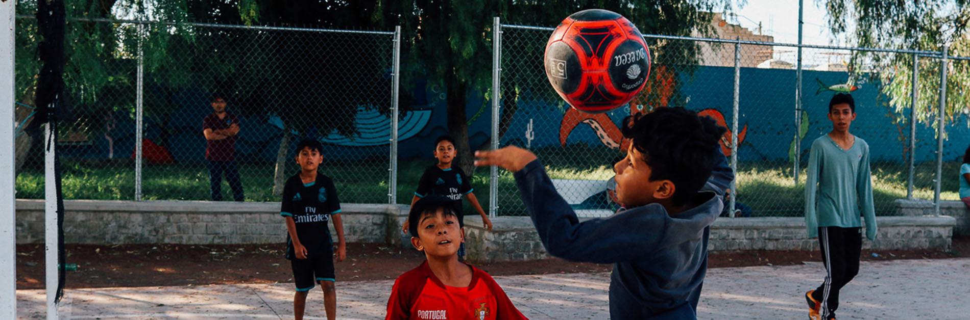 41 Cosas Que Hacen Los Niños Para Jugar Fútbol En Tlajomulco